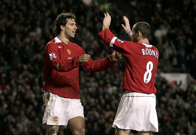 Wayne Rooney admired Ruud van Nistelrooy's striking instincts