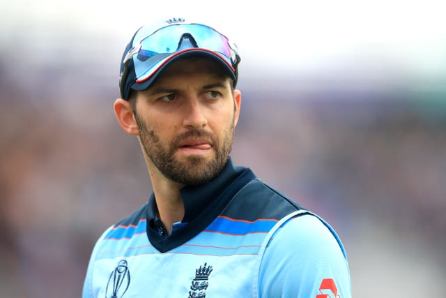 Mark Wood was put in an awkward position by the decision to soldier on.