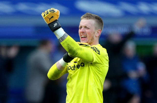 Everton goalkeeper Jordan Pickford was unable to prevent Bruno Fernandes' long-range shot finding the net in the 1-1 draw with Manchester United