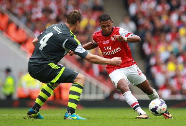 Soccer – Barclays Premier League – Arsenal v Stoke City – Emirates Stadium
