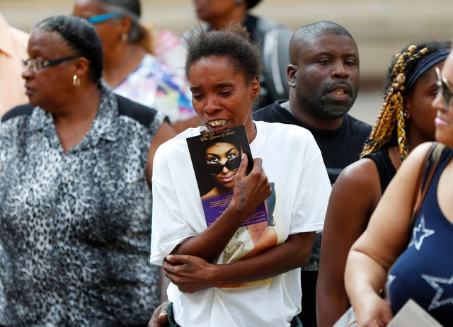 Aretha Franklin mourners
