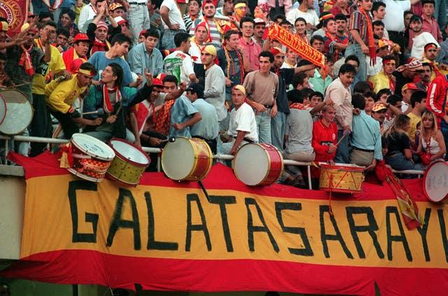 Galatasaray fans gave United a warm welcome at the Ali Sami Yen stadium