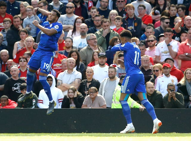 Cardiff's Nathaniel Mendez-Laing celebrates scoring his side's first goal of the game from the penalty spot