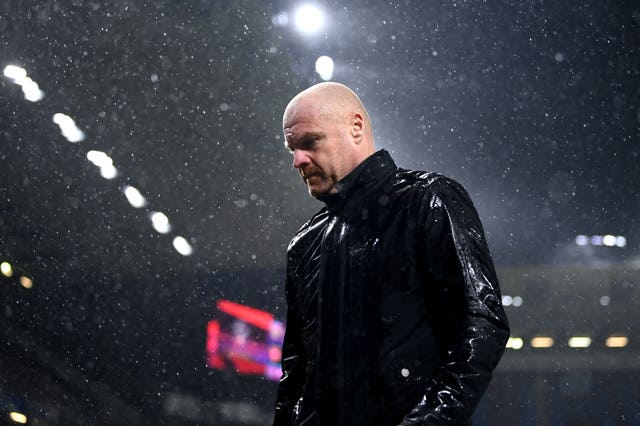 Burnley manager Sean Dyche walks off the pitch dejected