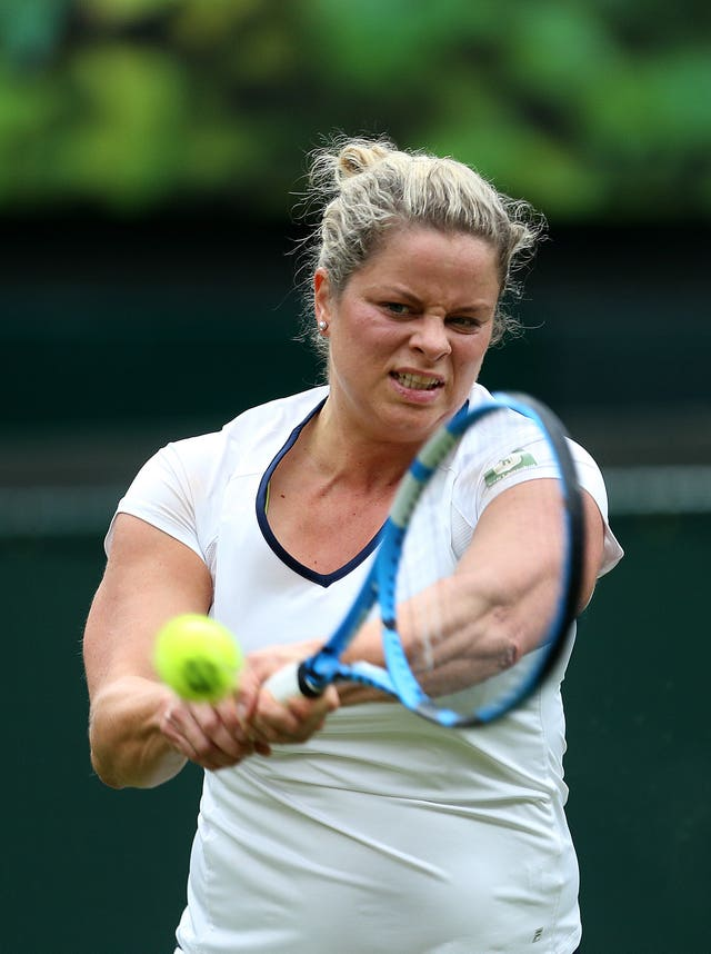 Kim Clijsters' exhibition against Serena Williams took the Battle of the Sexes' record