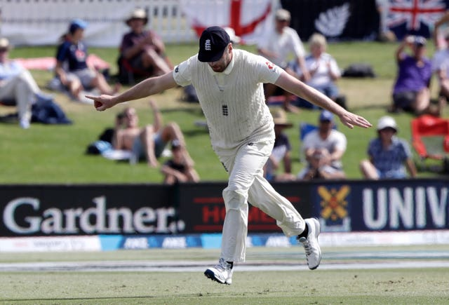 Dom Sibley's superb catch to dismiss Colin De Grandhomme was a rare highlight for England on day three