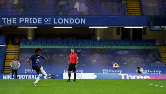 Willian scored his third penalty in as many Premier League games