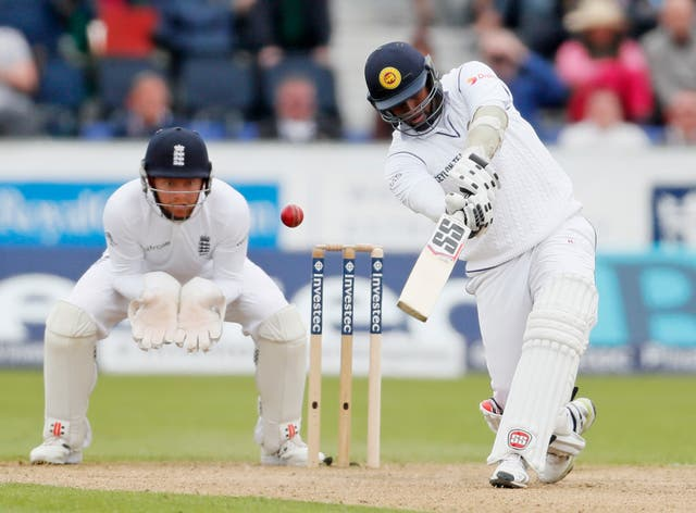 Angelo Mathews has been passed fit to bolster Sri Lanka's batting.