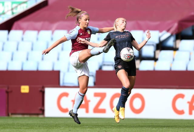 Aston Villa's Ella Franklin-Fraiture (left) and Manchester City's Chloe Kelly battle for the ball