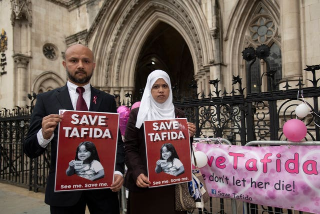 Shelina Begum and husband Mohammed Raqeeb at the Royal Courts of Justice