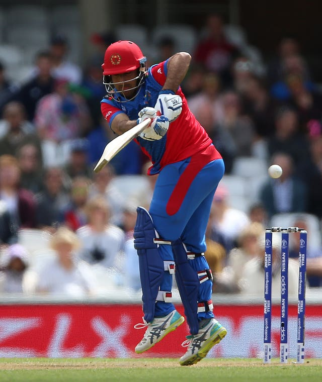 Asghar Afghan fell to Joe Root's occasional spin