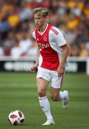De Jong impressed at Ajax