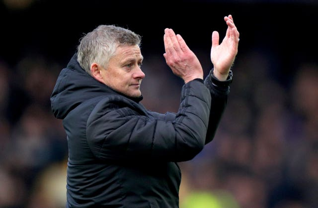Solskjaer trusts his players to keep fit during the shutdown