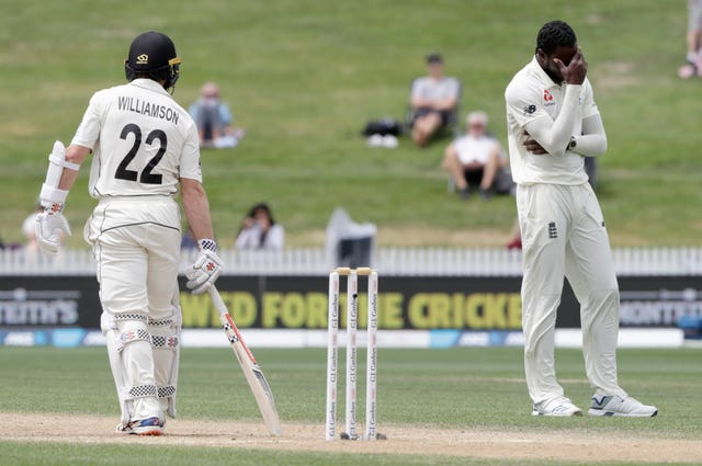 Jofra Archer was the unlucky bowler as Joe Denly spilled a simple catch off Kane Williamson