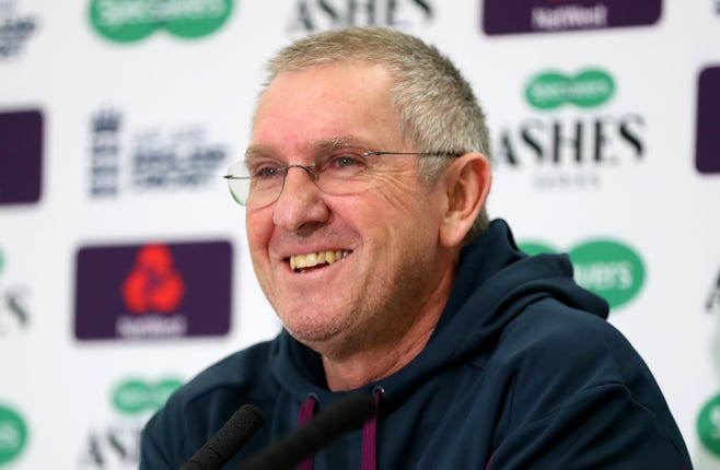 Trevor Bayliss will leave his role after the Oval Test