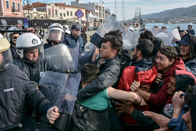 Greece Turkey Migrants