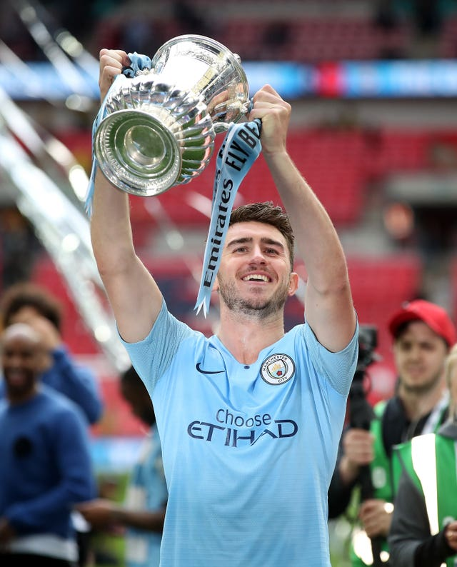 Aymeric Laporte lifts the FA Cup