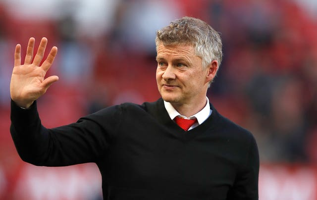Solskjaer expects new faces