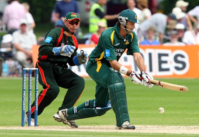Stephen Fleming had a spell as Nottinghamshire's overseas player