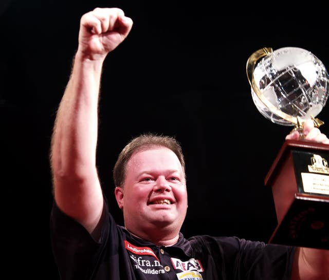 Van Barneveld beat Taylor in an all-time classic in 2007