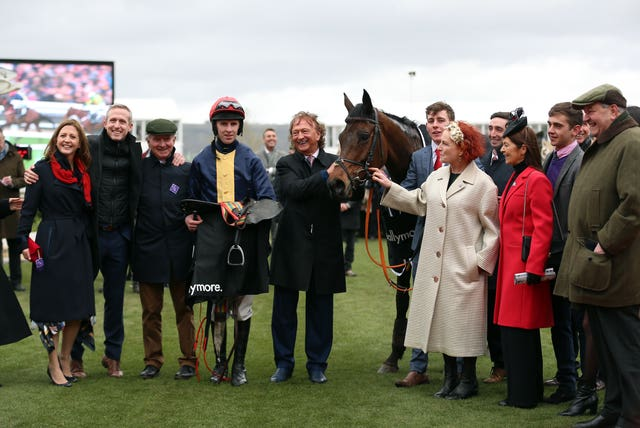 City Island and Mark Walsh with winning connections following victory at Cheltenham