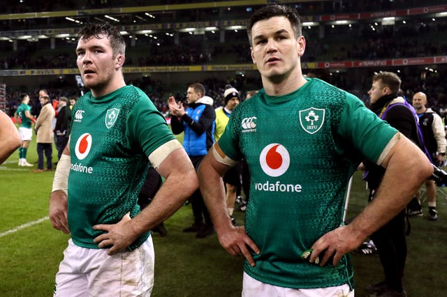 Ireland's Peter O'Mahony, left, and captain Johnny Sexton, right, this week signed contract extensions