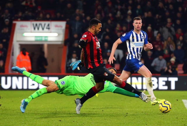 Callum Wilson slots home Bournemouth's third