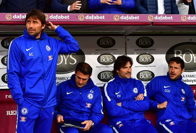 Carlo Cudicini, right, was part of Chelsea's backroom staff