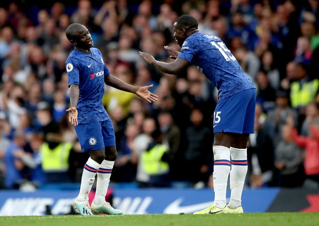 N'Golo Kante scored a fine goal as Chelsea pushed back