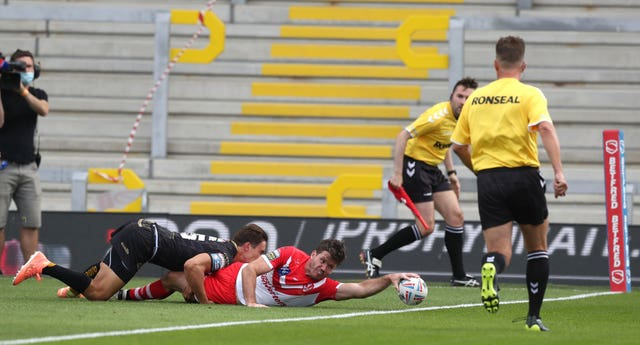 Lachlan Coote scored St Helen's first try (