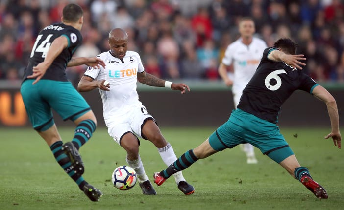 Andre Ayew in action for Swansea