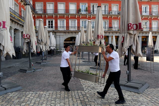 Waiters shut up shop in Madrid