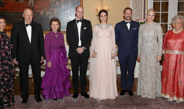 The Duke and Duchess of Cambridge with (left to right) Princess Martha Louise of Norway, Harald V of Norway, Queen Sonja of Norway, Crown Prince Haakon of Norway, Crown Princess Mette Marit of Norway and Princess Astrid of Norway (Chris Jackson/PA)