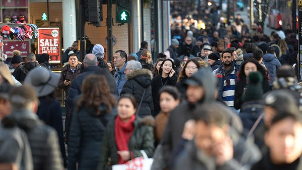 UK population predicted to rise by 3m in 10 years