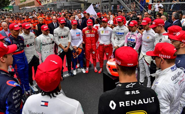 Drivers gather round to pay tribute to Niki Lauda ahead of the Monaco Grand Prix