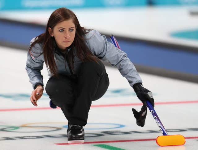 Muirhead steers Great Britain's women curlers into Olympic ...