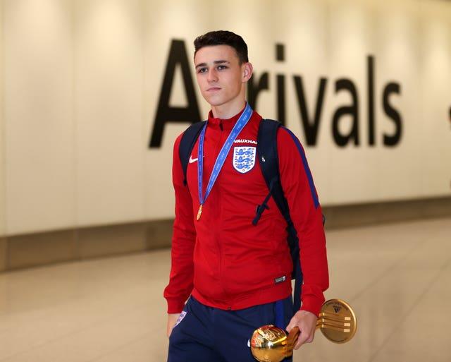 England Under 17's Arrival – Heathrow Airport