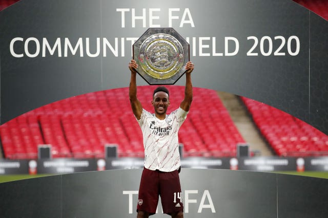 Arsenal's Pierre-Emerick Aubameyang lifts the Community Shield at Wembley