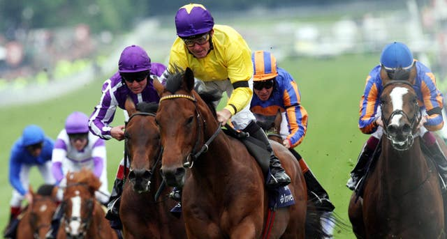 Sea the Stars wins the Investec Derby at Epsom