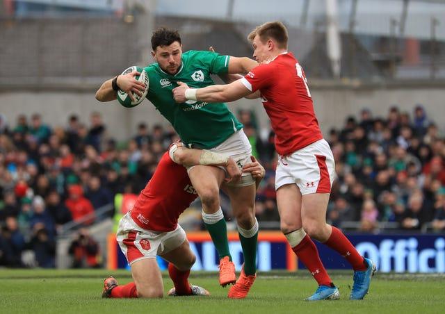 Ireland centre Robbie Henshaw is back from a groin issue