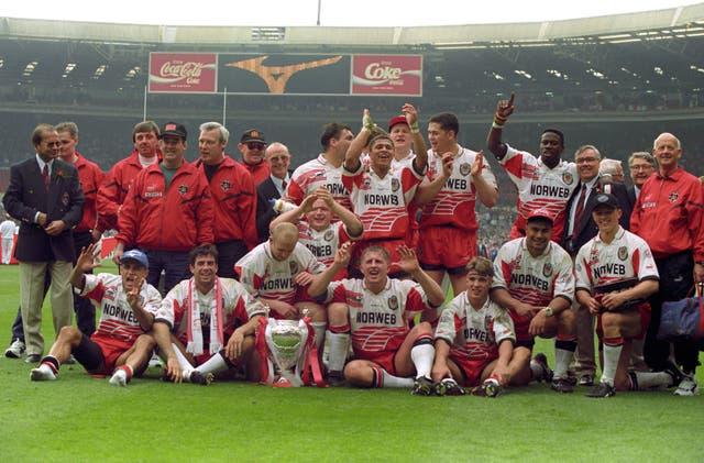 Wigan celebrate Wembley victory over Leeds
