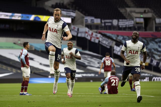 Kane fired Tottenham into a 2-0 lead against West Ham after Son's assist