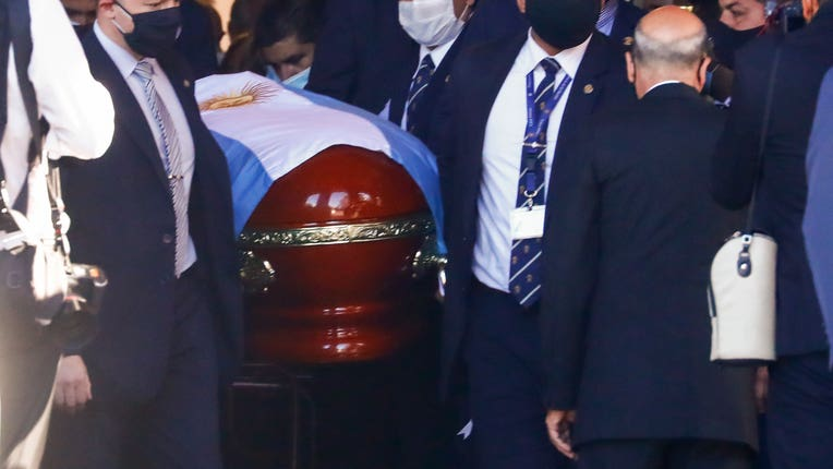 Diego Maradona buried amid outpouring of grief in Argentina | BT Sport