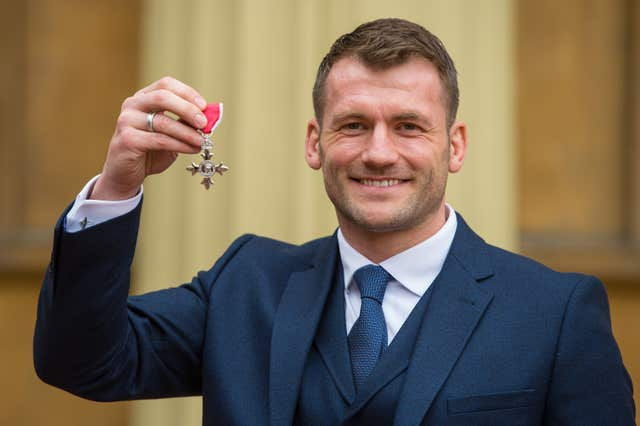 Mark Cueto was awarded an MBE for services to rugby in 2016