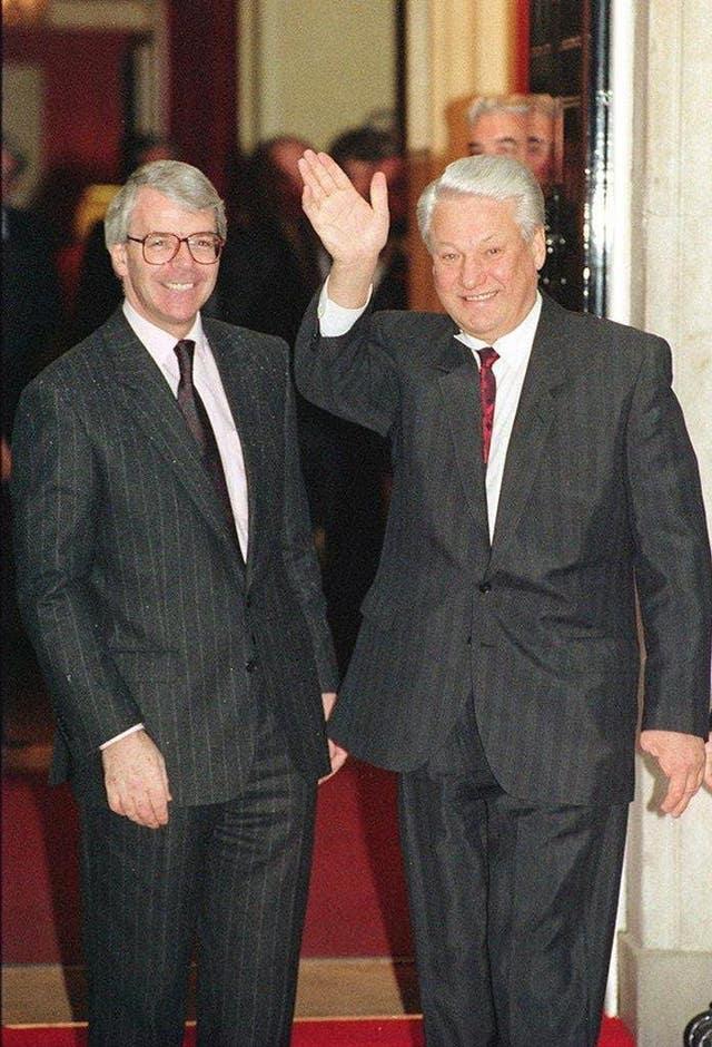 Boris Yeltsin dies