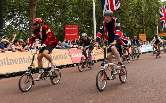 Action from the Brompton race