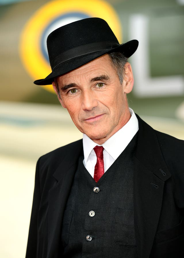 Mark Rylance quits the RSC