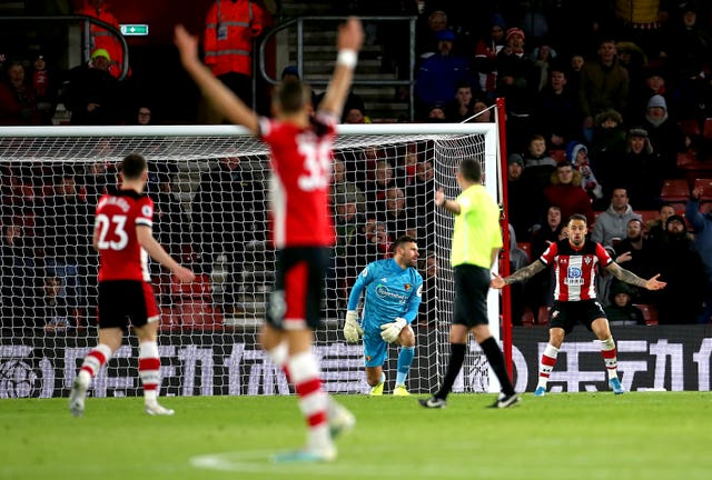 Defeat at Southampton was the final straw for Quique Sanchez Flores