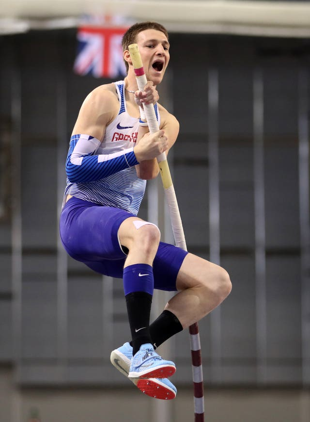 Tim Duckworth did enough in the pole vault to give himself a medal chance