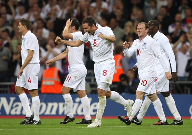Frank Lampard, centre, celebrates scoring England's third goal in their last meeting with Croatia